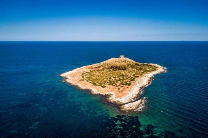 Isole italiane in vendita: così perdiamo i più bei gioielli dei nostri mari  - greenMe