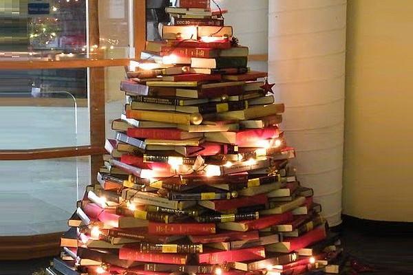 21 Kick Ass Eco Friendly Christmas Trees
