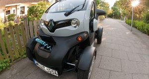 Renault Twizy Electric Vehicles Selling Well, But Still Won't Hit Sales Targets