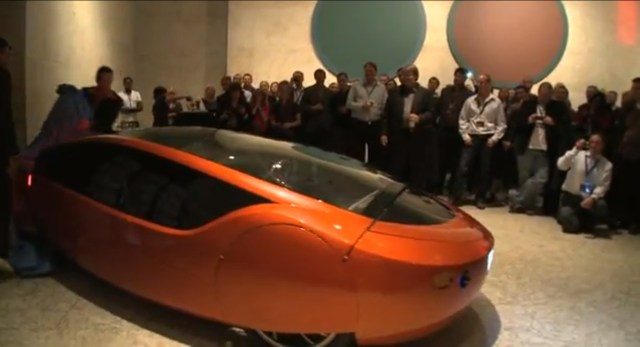UrbEE Unveiled, a 300mpg Hybrid Vehicle