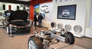 Tesla Motors' Electric Vehicle, Left Out of Connecticut Electric Vehicle Sales Incentive Program