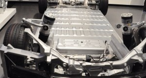 Tesla Model S needs just three minutes to wap out a spent battery pack with a fresh one.