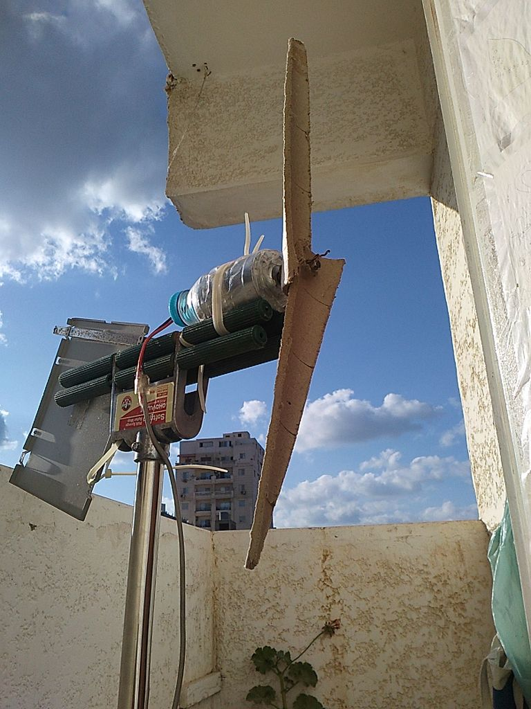 DIY Wind Turbine From a Cardboard Roll - The Green Optimistic