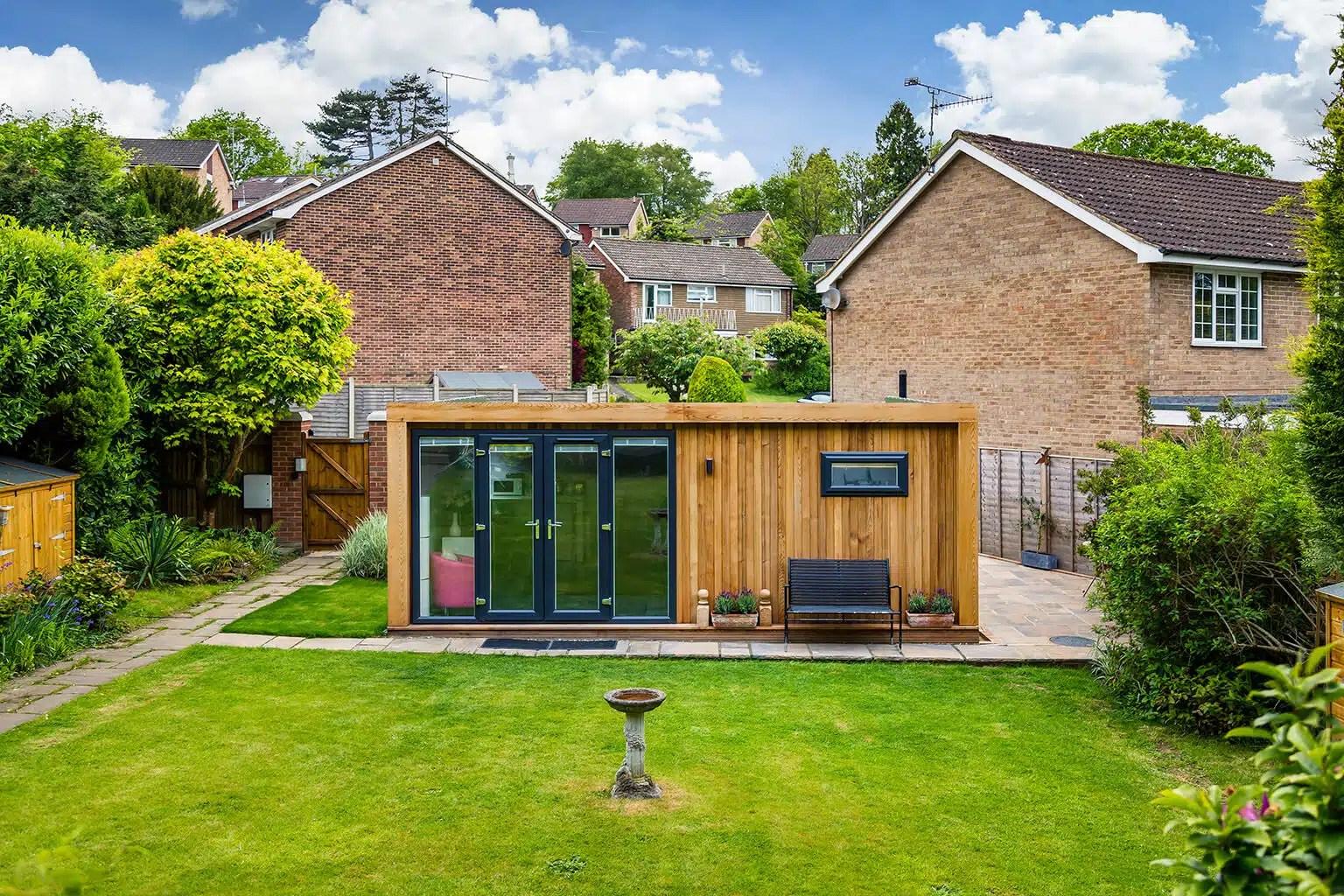 6m X 5m Summer House Green Retreats