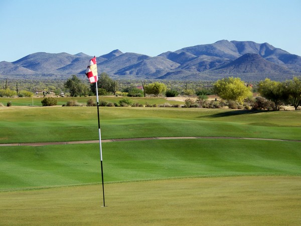 Verde River Golf & Social Club Rio Verde, Arizona. Hole 6 Green-side