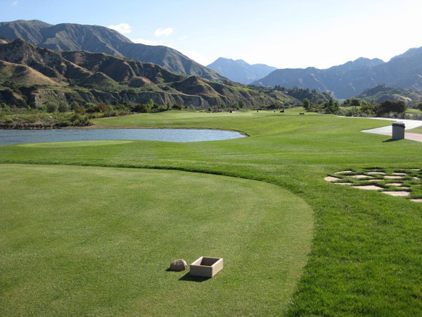 Angeles National Golf Club Sunland, California. Hole 10