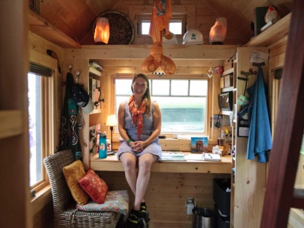 Tiny House Workshop Hosted By Big Fan Of Living Small