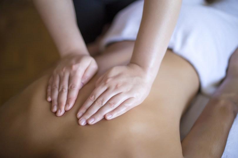 Massage aux huiles essentielles de géranium