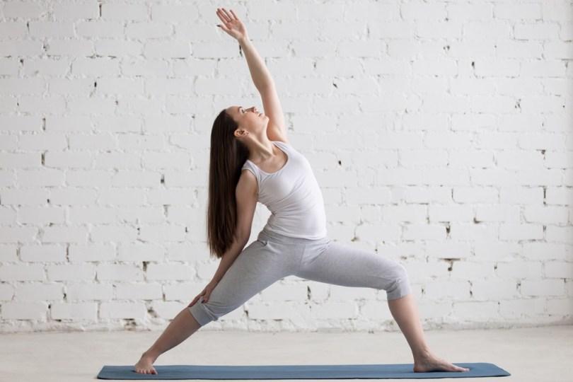 Rester zen durant le confinement : pratiquer le yoga