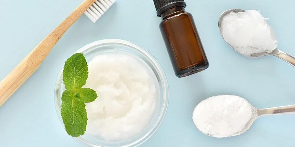 Hygiène dentaire au naturel : dentifrice maison