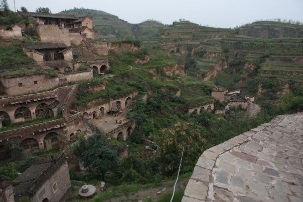cave-dwellings-shaanxi-china