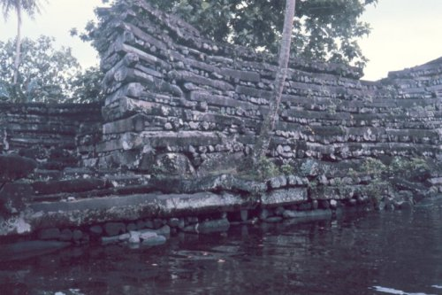 Massive walls of Nan Madol - The Mystery of Nan Madol – Greetings from the Past