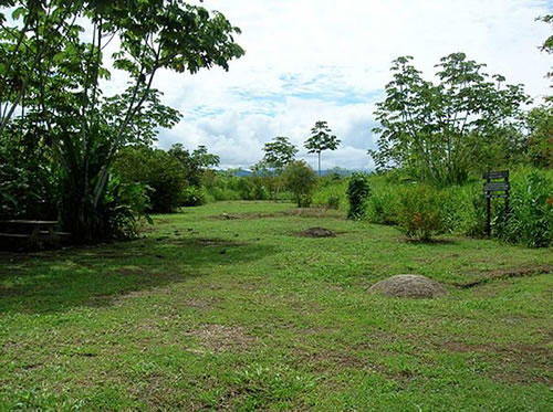 Archaeological Site with stone spheres - Mysterious Stone Spheres of Costa Rica – Greetings from the Past