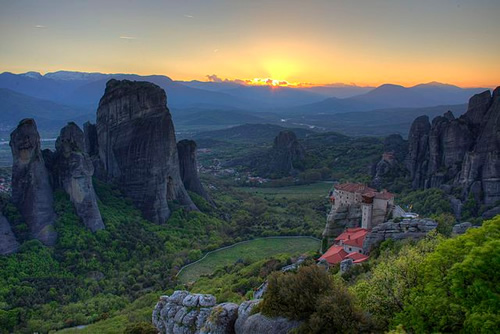 Metéora is included on the UNESCO World Heritage List under criteria I, II, IV, V and VII The nearest town is Kalambaka. Photo by Dimitris9444