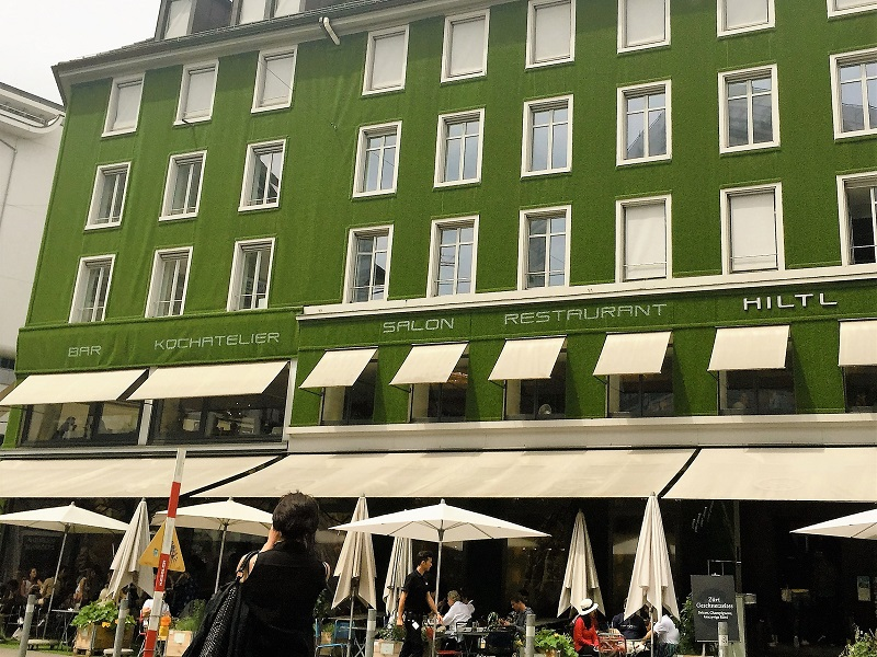 Street terrace with garden feel at Hiltl Restaurant, Zurich