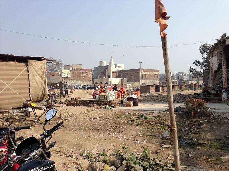En-route to the crematorium in Amritsar