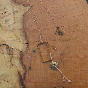 Γεωμετρικό χειροποίητο κολιέ από αρείχαλκο