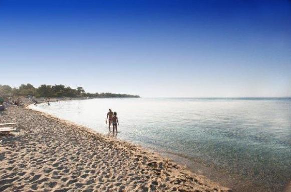 fine_sand_beach_chalkidiki_thumb
