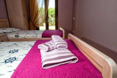guest_room_villa_pefkohori_thumb
