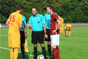 Yohan Betsch capitaine de l'AFC Tubize avec Kevin Levieux crédit photo : FC Metz