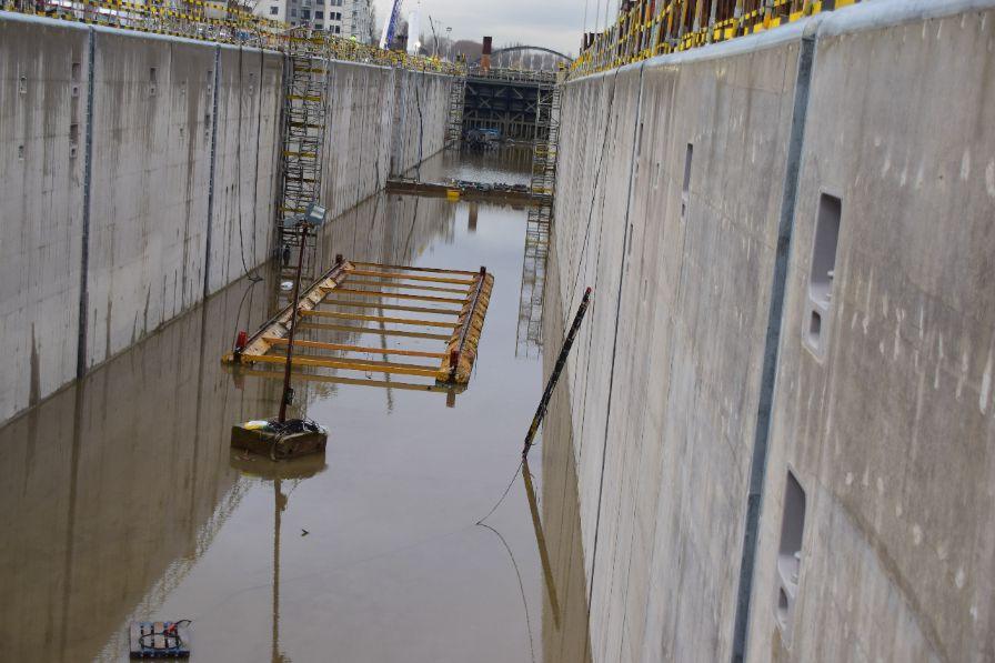 Buurtbewoners sluis Harelbeke mogen exclusief bezoek brengen aan bouwkuip nieuwe sluis
