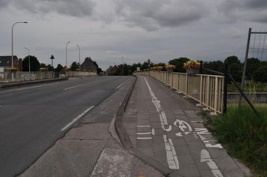 Nieuwe en veiligere fietsverbindingen aan sluizen Ooigem