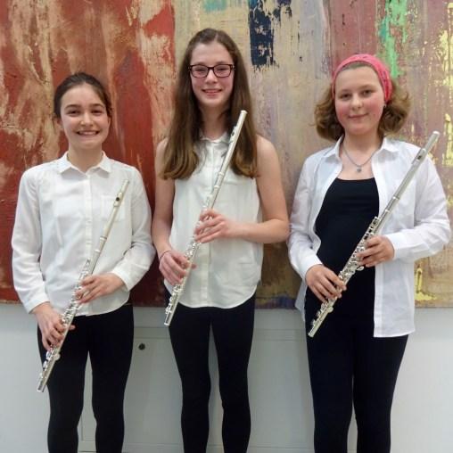 "Querflöten-Quartett ""Horny Pipes"": (v.l.) Marlene Ziegler, Theresa Stumpf, Lisa Rockenbauer, Markus Schlee (nicht am Foto)"