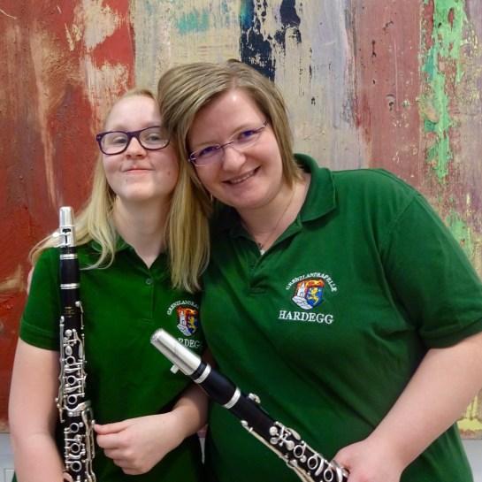 Klarinetten-Duo: (v.l.) Lisa Hauser, Birgit Mahr-Schadn