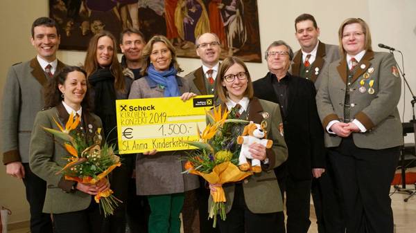 Kirchenkonzert 2019 - Scheckübergabe St. Anna