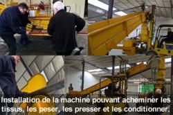 La machine de la fabrique de chiffons lors de son installation