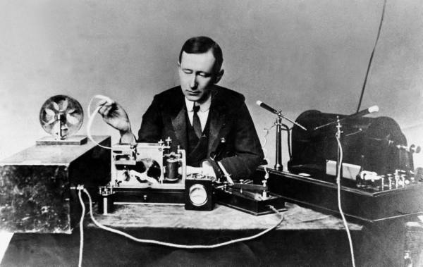 Guglielmo_Marconi in 1901; public domain photo part of the LIFE Photo Archive
