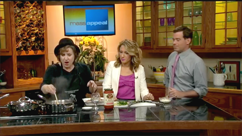 """Tinky Weisblat on <a href=""""http://wwlp.com/2015/08/05/easy-sausage-and-peppers/"""" target=""""new"""">massappeal on WWLP-22News</a> with Ashley Kohl and Seth Stutman"""