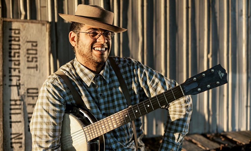 Dom Flemons; photo courtesy the artist.