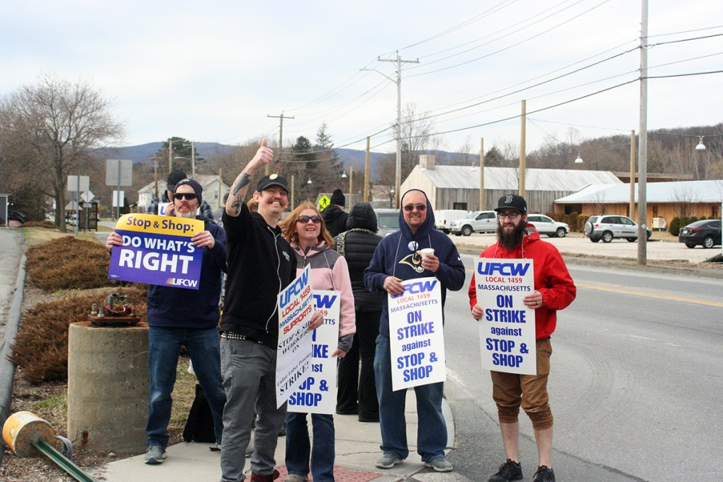 North Adams Stop & Shop workers assemble in the early hours of the UFCW strike against the supermarket chain on Thursday, April 11, 2019. Union steward Bill Laviolette (front, giving the thumbs up) coordinated the location actions; photo by Jason Velázquez.