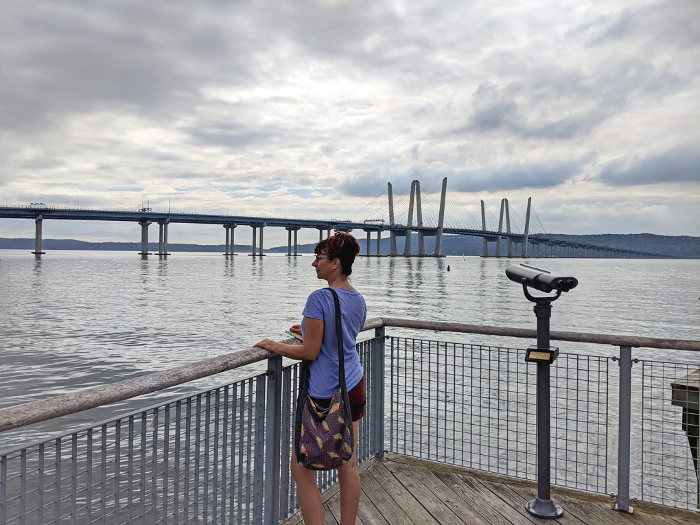 Photo showing view across the Hudson to the Cuomo Bridge from Pierson Park in Tarrytown.