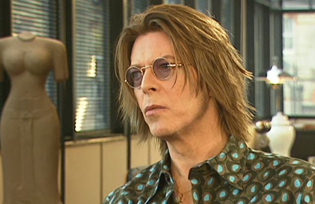 David_Bowie_2000_BBC_screengrab