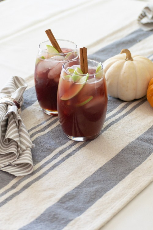 Thanksgiving Cocktail: Apple Cider Sangria