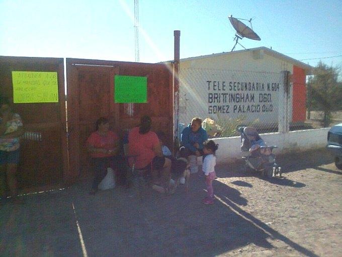 Paro escuelas La Laguna Durango