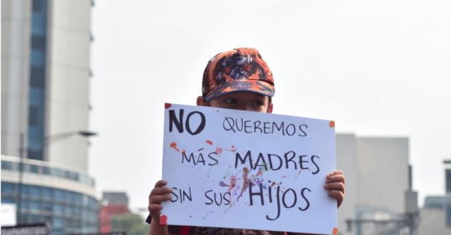 Madres de desaparecidos marchan en siete estados