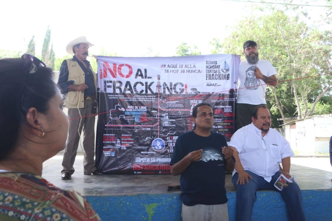 Hay 105 pueblos en Cadereyta con riesgo de fracking (Nuevo León)