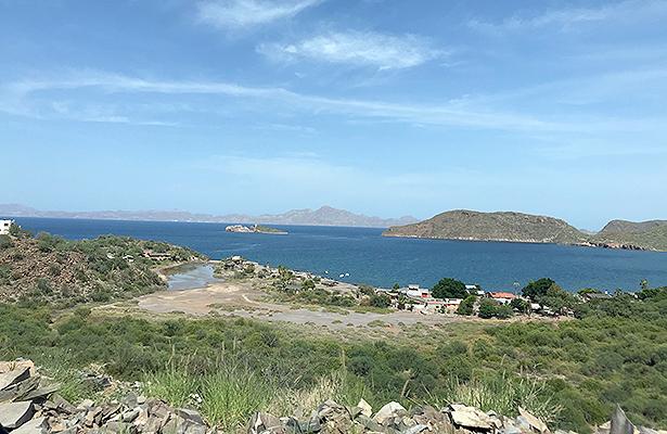Continua proyecto de decretar litoral de BCS área natural protegida: Semarnat