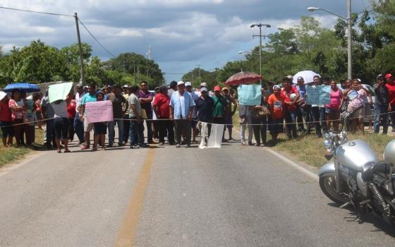 Ejidataros de Ucú denuncian despojo de tierras y desvíos (Yucatán)