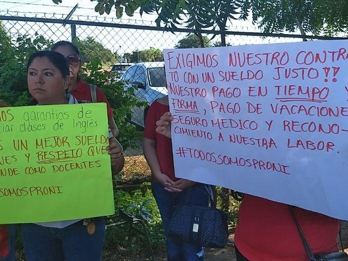 Maestros de inglés exigen certidumbre laboral (Sinaloa)