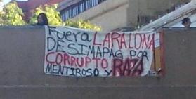 Con manta exigen la salida del director general del SIMAPAG (Guanajuato)