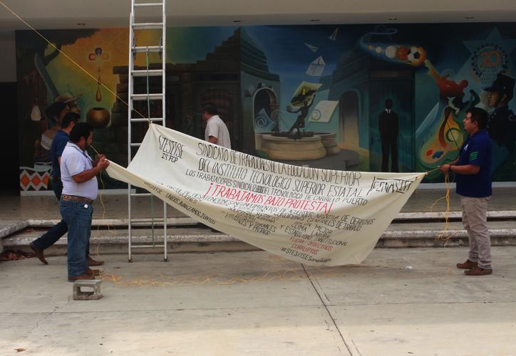 Personal del Tec de Carrillo Puerto protesta por irregularidades (Quintana Roo)