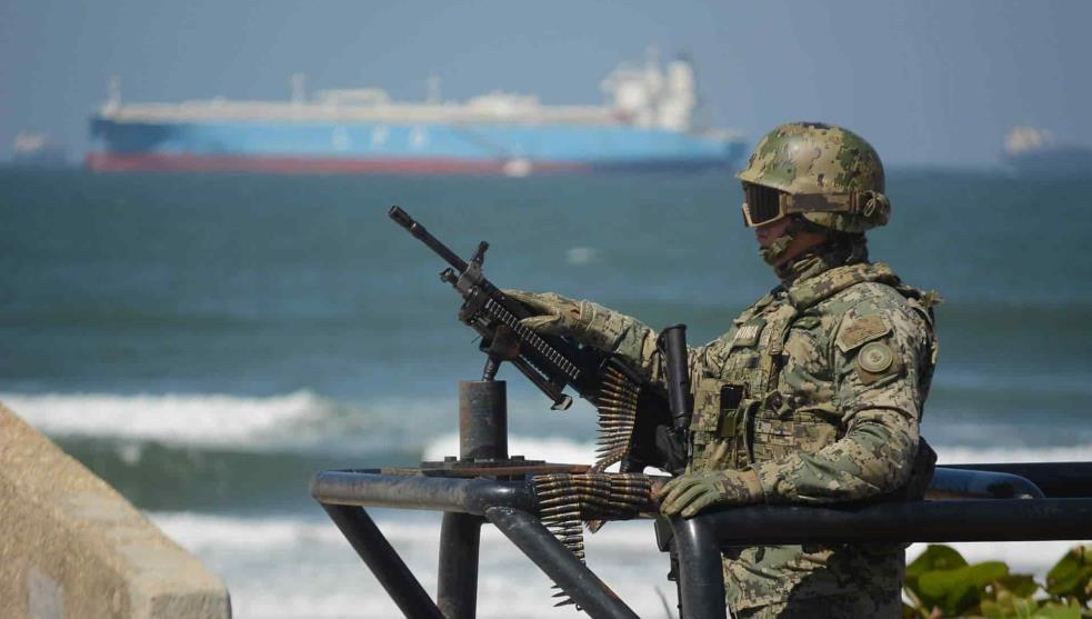 Militarización de los puertos afectaría DDHH: marinos mercantes