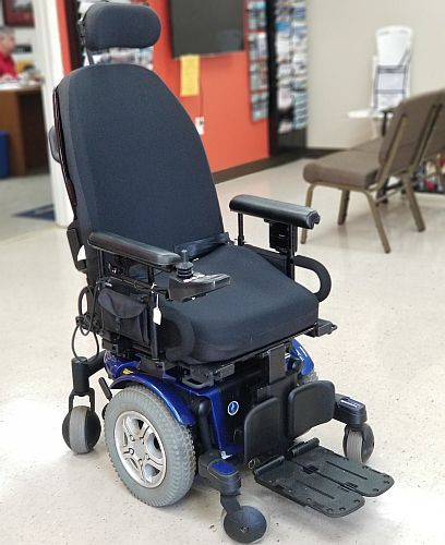 quantum wheelchair discontinued pottery barn dining chairs griffin mobility used pride 600 power chair alabama w tilt