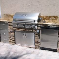 Grills For Outdoor Kitchens Farmhouse Style Kitchen Table Home Design Living Room