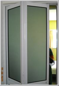 Decorating  Metal Bifold Closet Doors - Inspiring Photos ...