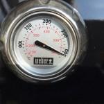 Webergrill auf hoher Temperatur nach 15 Minuten